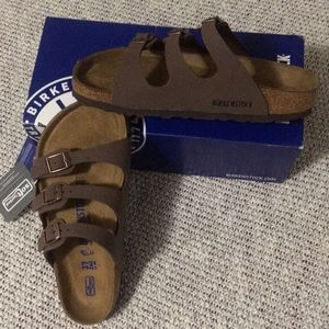 WMNS Birkenstock Florida Birkibuc Sandals